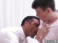 Mormon twink strokes his long shaft and fingers himself