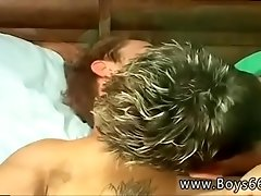 Videos of twinks having gay sex Shane Steals Kelly&#039_s Piss!