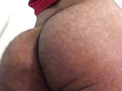 Pakistani Twink Booty Flexing Short Clip