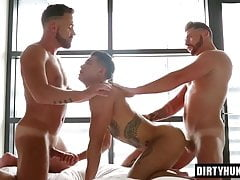 Threesome Muscle Fuck with Creampie Bareback The Best